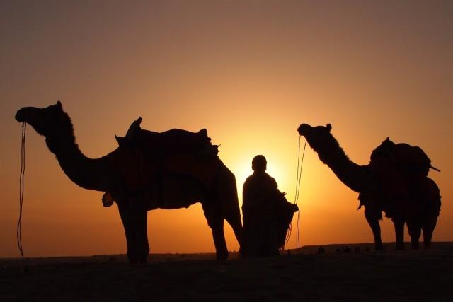sunset-in-desert