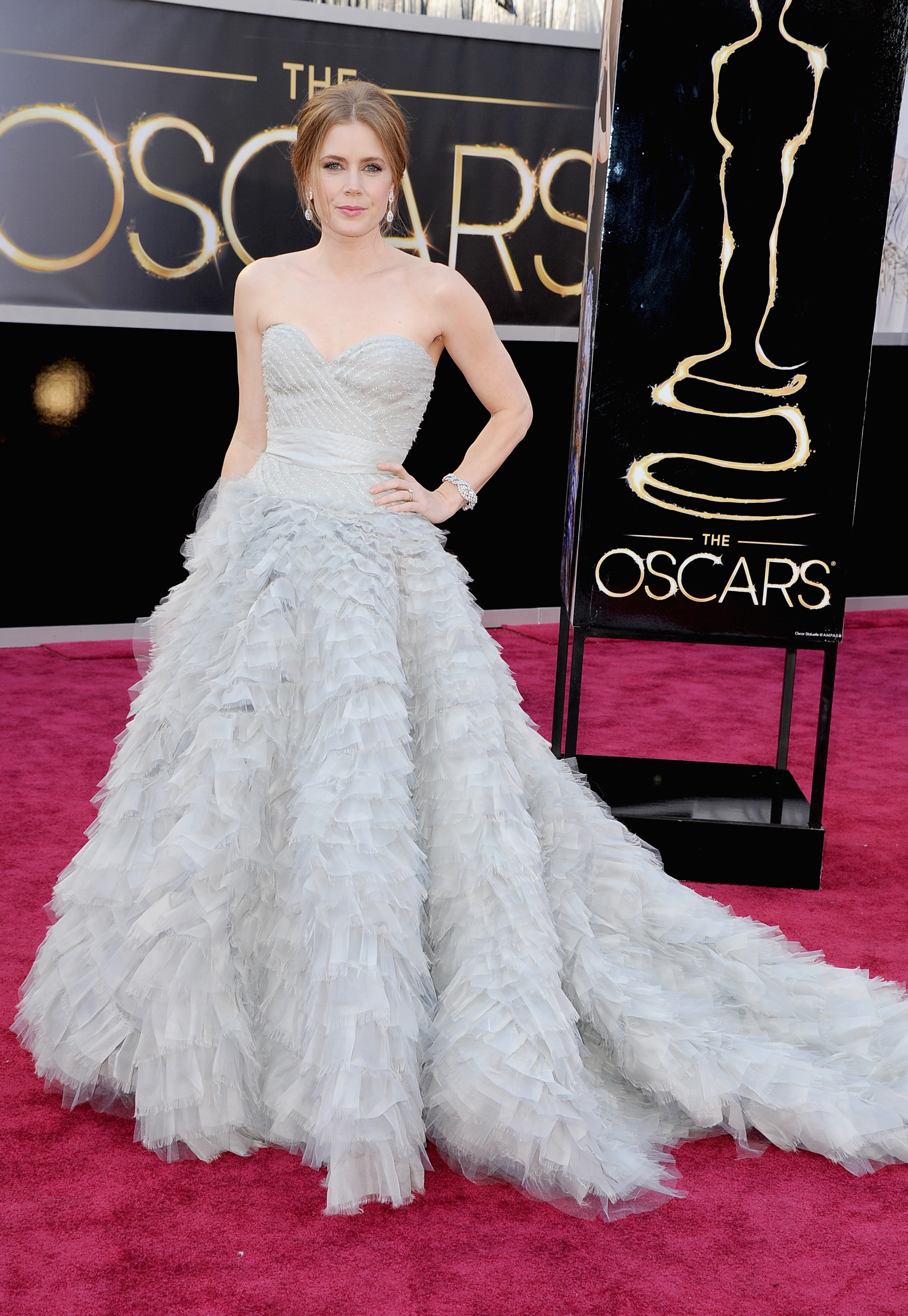 HOLLYWOOD, CA - FEBRUARY 24: Actress Amy Adams arrives at the Oscars at Hollywood & Highland Center on February 24, 2013 in Hollywood, California. (Photo by Steve Granitz/WireImage)