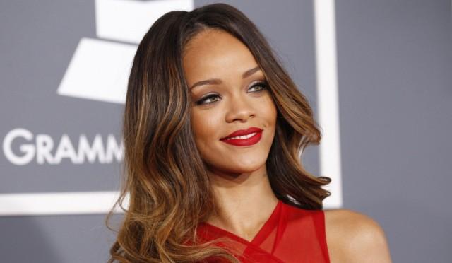 Rihanna-son-single-Work-avec-Drake-dévoilé-aujourdhui-