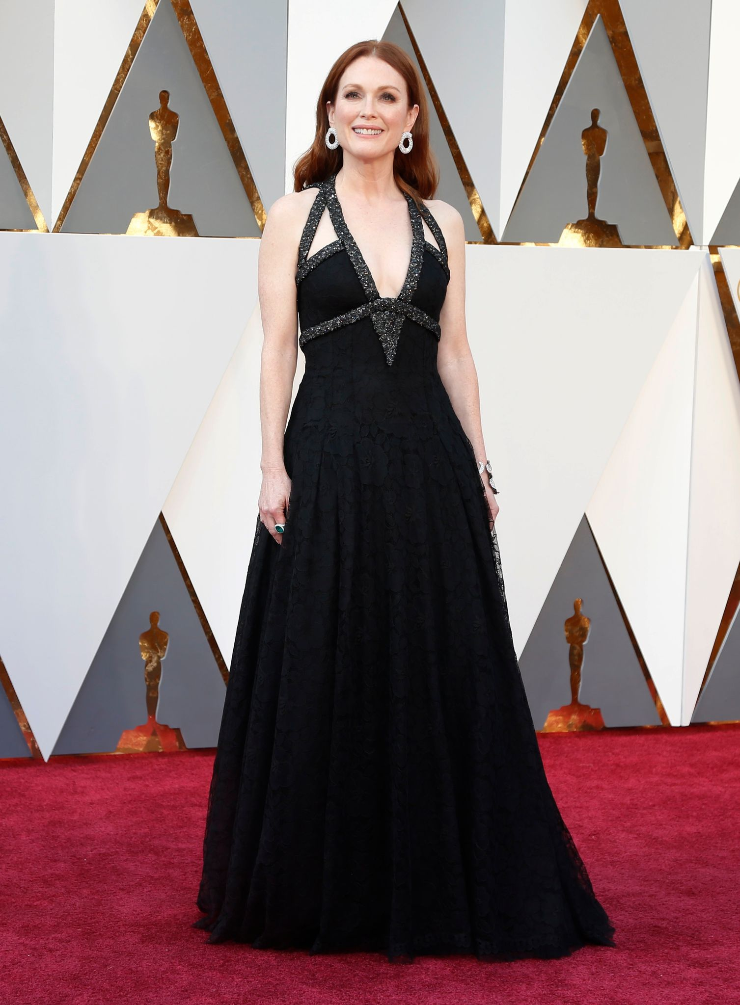 oscars-2016-julianne-moore-en-robe_5551123