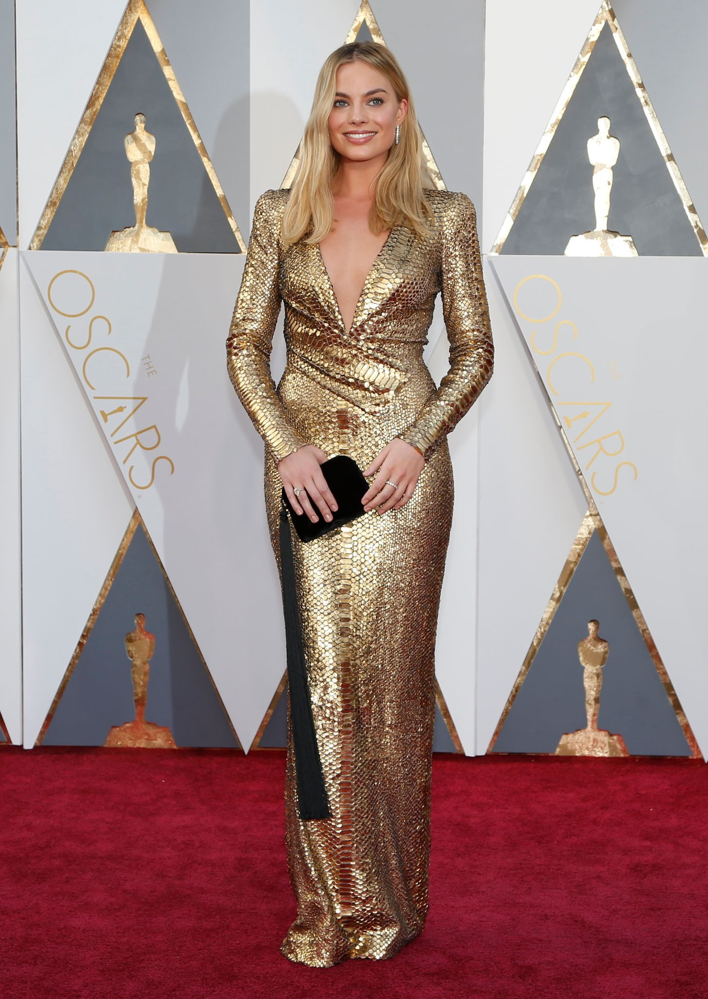oscars-2016-margot-robbie-en-robe_5551125