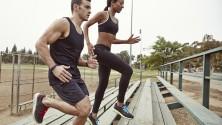 10 bonnes raisons de sortir avec un sportif