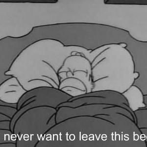 Tu es allongé sur ton lit