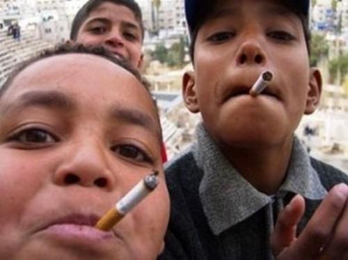 fumeurs-marocain-300x224