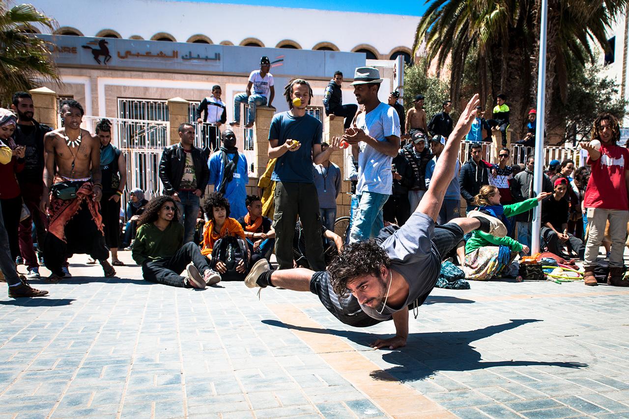 14.04.2016, Essaouira, Maroc. 19 édition du Festival d'Essaouira Gnawa et Musiques du Monde. Ambiance dans le port et les rues. Capoera Time. MOHAMED DRISSI KAMILI / LE DESK