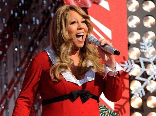 Mariah-Carey-Elle-empoche-1-million-de-dollars-apres-un-show-pour-la-famille-Kadhafi_portrait_w674