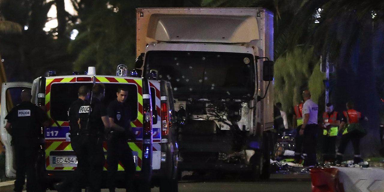 Attentats-a-Nice-le-parquet-annonce-au-moins-60-morts