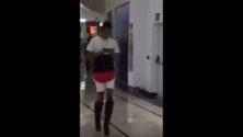 Quand un travesti se balade au Tanger Mall