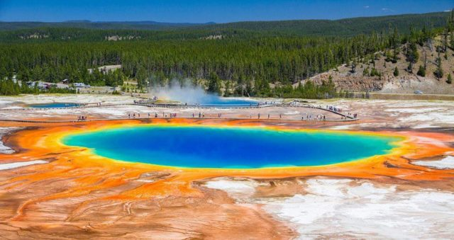 Grand-Prismatic-Spring-Images