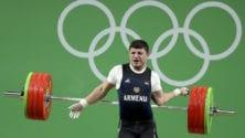 Un haltérophile arménien se casse le bras à Rio en soulevant 195 kg