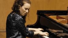 10 choses à savoir sur Dina Bensaid, la jeune pianiste de l'Orchestre Philharmonique du Maroc