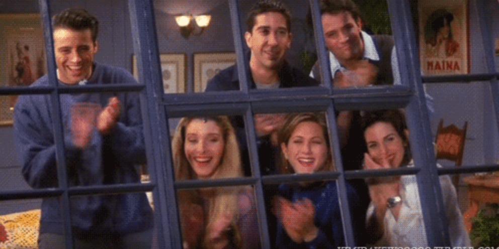 9 choses qui se passent quand tu rencontres tes amis d - Quand tondre la pelouse pour la premiere fois ...