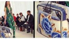 Balenciaga présente un sac 'Manta' à la Fashion Week de Paris