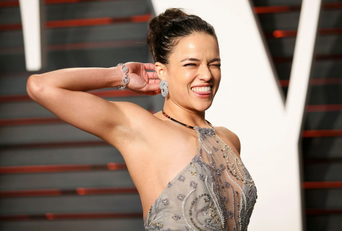 michelle-rodriguez-at-88th-annual-academy-awards-in-hollywood-02-28-2016_1