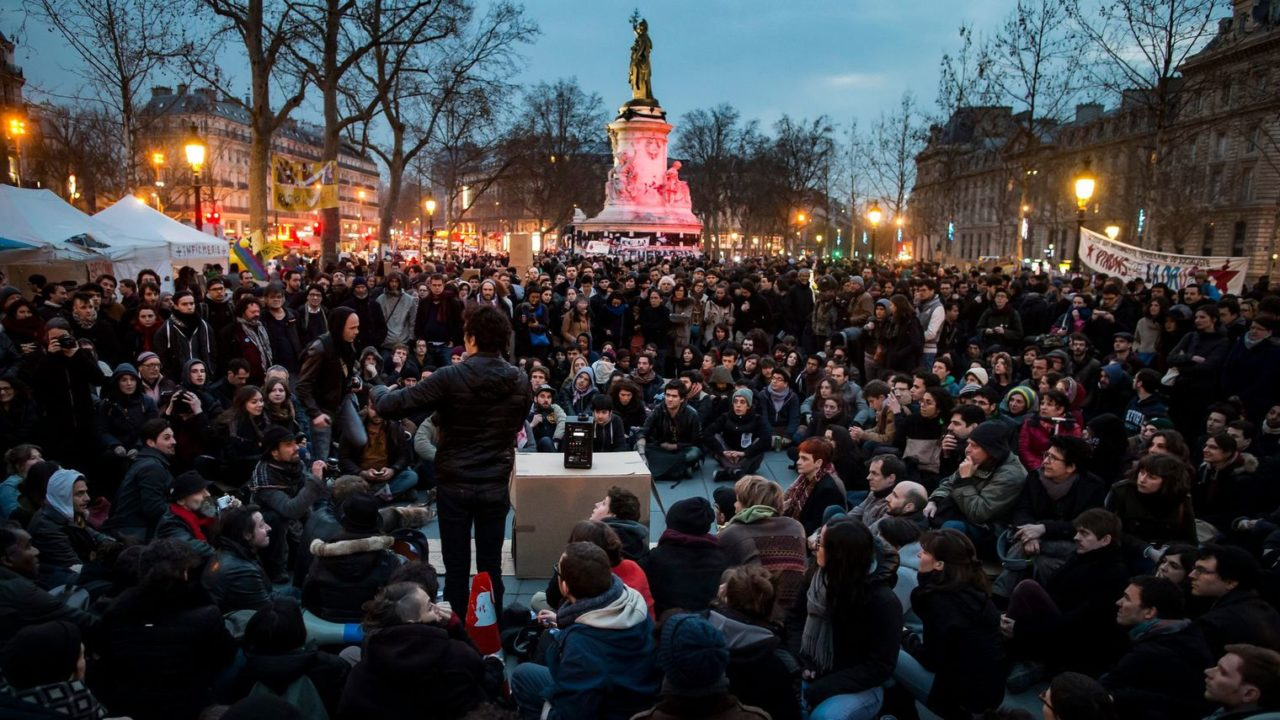 nuit-debout-place-de-la-republique-paris_5575027