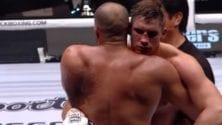Badr Hari s'incline devant Rico Verhoeven suite à une blessure à l'avant-bras