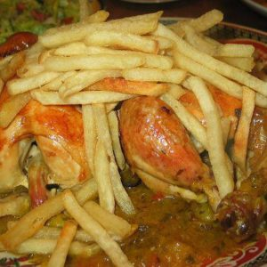 Tajine au poulet et frites