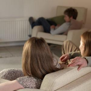 À regarder la télé ensemble
