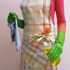 À faire le ménage dans la maison