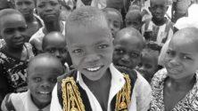 Ce jeune photographe marocain a immortalisé 464 regards à travers le monde