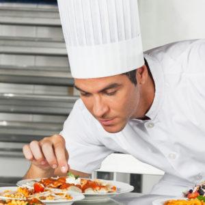 Un chef cuisinier
