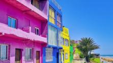 Cet été, allez à la découverte de la plage la plus colorée du Maroc