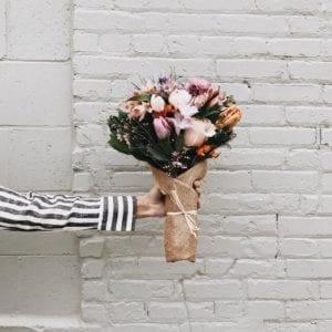 Offrir un bouquet Fleuritel à un proche... le plaisir des autres est le tien !