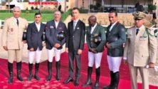 Moulay El Hassan fait sensation lors d'une nouvelle cérémonie…