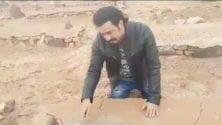 Vidéo: L'acteur marocain Rabie Kati retrouve la tombe de son père après 38 ans…
