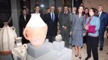 La reine d'Espagne inaugure la plus grande exposition amazighe à Grenade