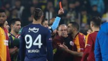 Vidéo: Younès Belhanda gifle son adversaire en plein match