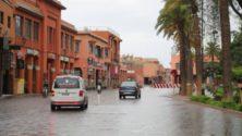 Vidéo: Déclarées négatives au Covid-19, des femmes font la fête dans la rue à Marrakech