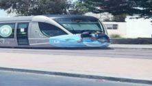 Deux enfants marocains accrochés au Tramway de Rabat indignent la toile