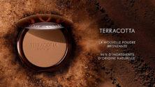 La nouvelle poudre bronzante de Guerlain «Terracotta» est infusée avec de l'huile d'argan marocain
