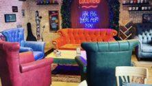 """Découvrez le nouveau coffeeshop inspiré de la série """"Friends"""" à Casablanca"""