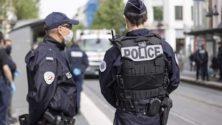 En France, un sans-papier marocain se poignarde après avoir été arrêté par la police aux frontières